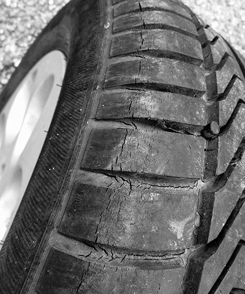 Tire Dry Rot >> When To Replace Tires Tire America